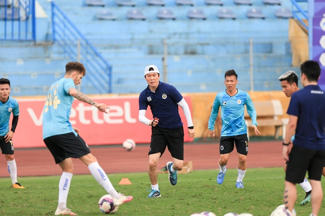 New Hà Nội FC coach impressed by HAGL