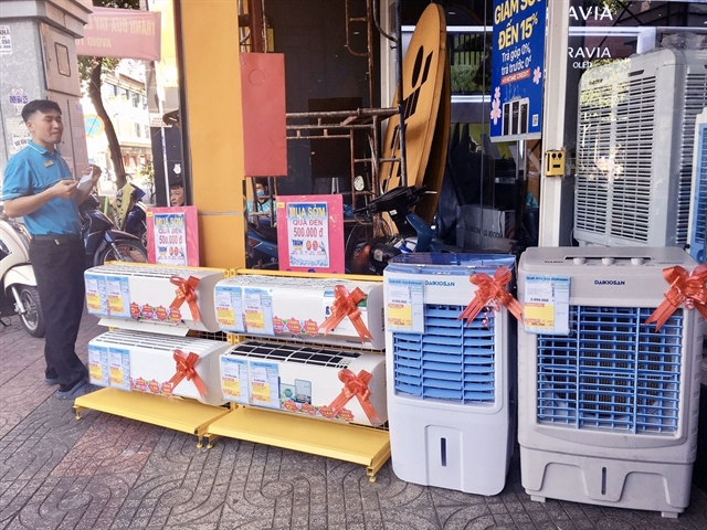 Harmful chemical still widely used in fridges air conditioners