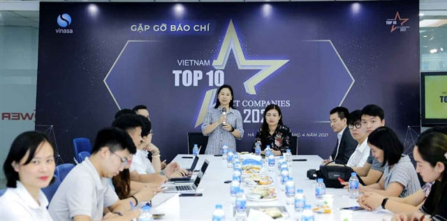 Voting of Việt Nams top 10 ICT businesses 2021 launched