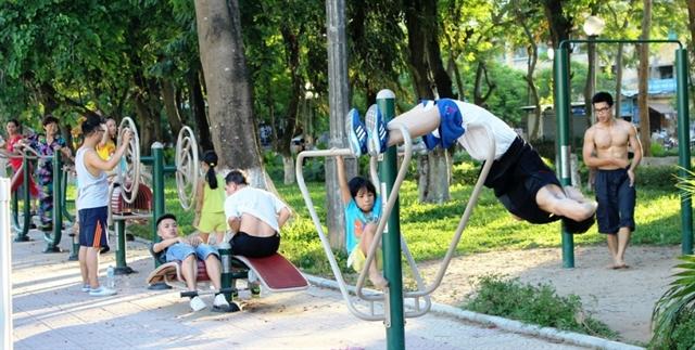 Vietnamese life expectancy upbut non-infectious disease cases rise