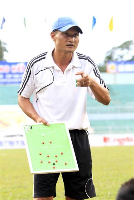 Poor results at V.League cause SLNA officials resignation