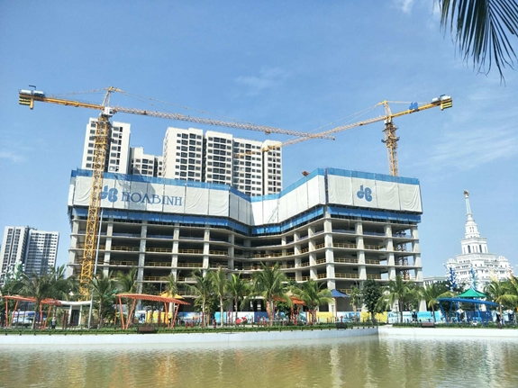 Construction companies report lower profits due to disease