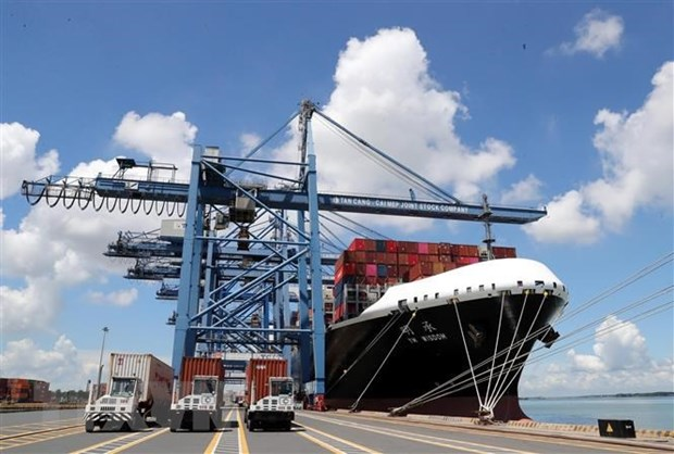 Shipping lines continue to increase fees enterprises face more difficulties