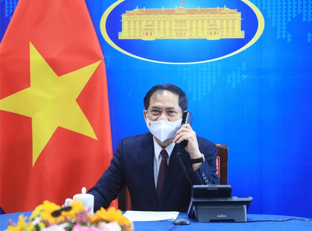 Viet Nam US to further intensify bilateral relations: top diplomats