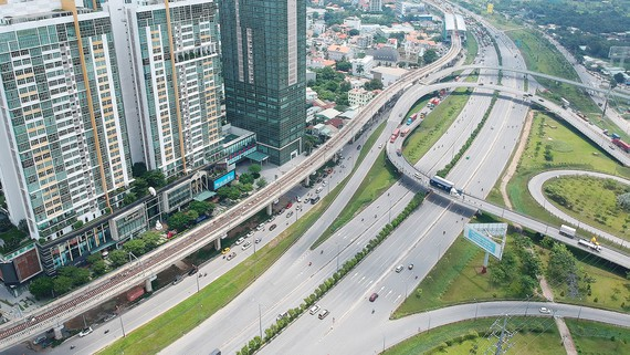 Delayed traffic projects in HCM City caused by tardy site clearance capital shortage