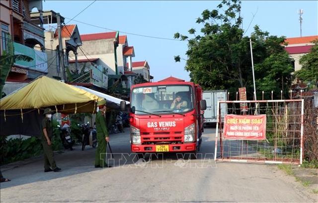 Bắc Ninhs Thuận Thành District starts social distancing