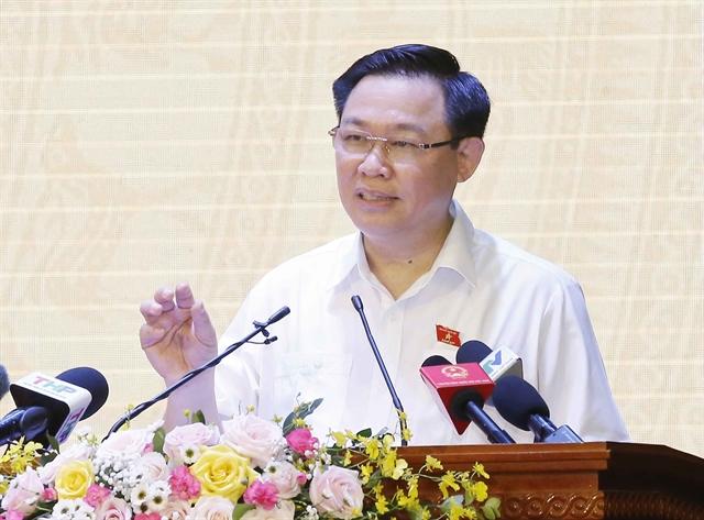 NA Chairman Vương Đình Huệ meets voters