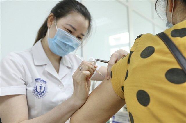 Việt Nam confirms 185 new local COVID-19 cases on Friday