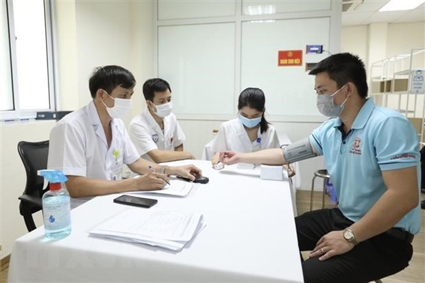 Viêt Nam reports 194 new COVID-19 cases one more death