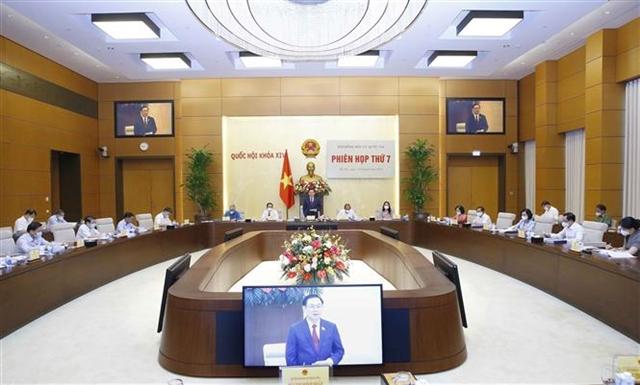Top legislator runs meeting to discuss recent elections