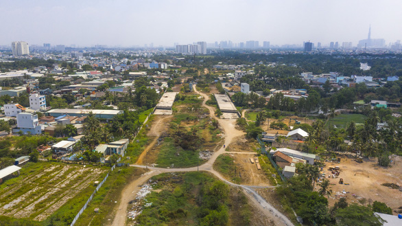 HCM City aims to completedozens of transportprojects in 2021