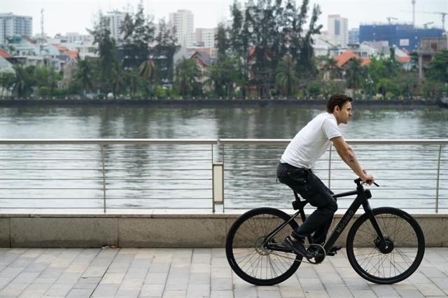 Việt Nams burgeoning EV sector faces roadblocks along the way