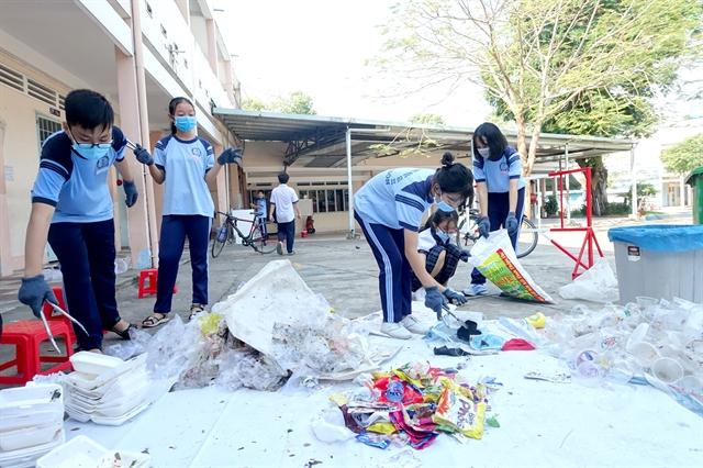 'Green school promotes waste value