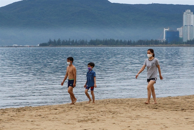 Restaurants cafes and beaches reopen in Đà Nẵng