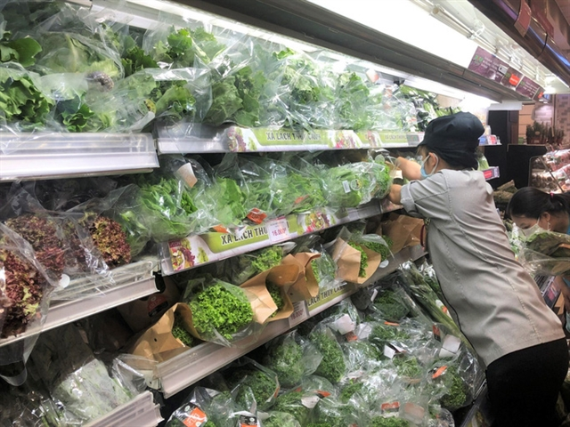HCM City foodstuff demand volatile as consumers hoard