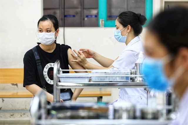 Hà Nội begins mass COVID-19 vaccination aiming to cover 5.1 million residents by April