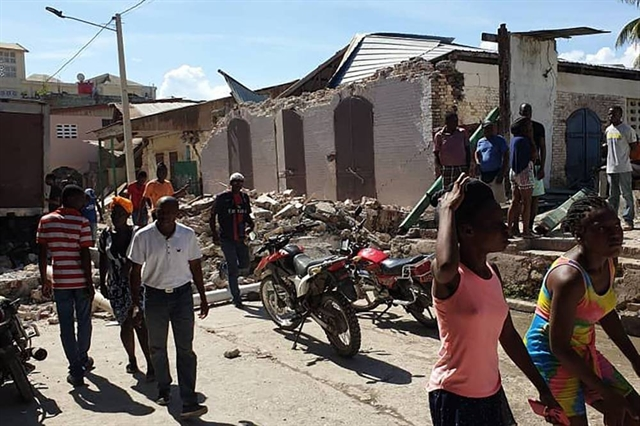 Haiti searches for survivors after quake kills at least 304