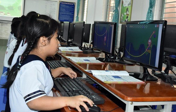 HCM City primary school students to study online for 10 weeks