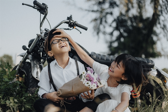 Photographer showcases beauty of the disabled