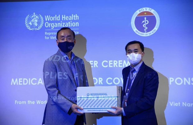WHO presents medical supplies to support Việt Nams COVID-19 fight