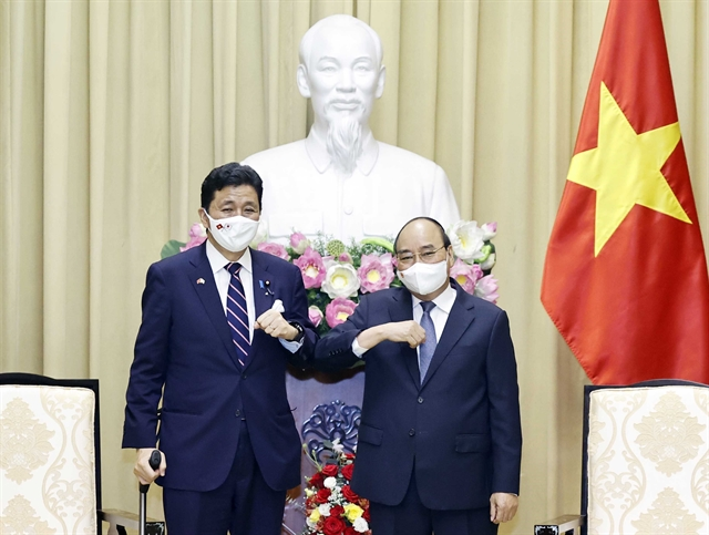 President Phúc receivesJapanese Defence Minister