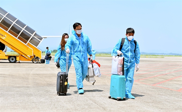 345 Vietnamese nationals arrive in Việt Nam with vaccine passports in pilot programme