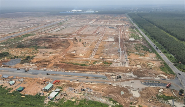 ĐồngNai asked to speed up ground clearance for Long Thành aiport project
