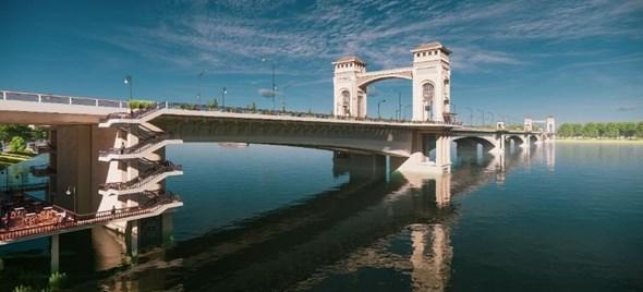 Hà Nội picksdesign for 395mTrần Hưng Đạo Bridge