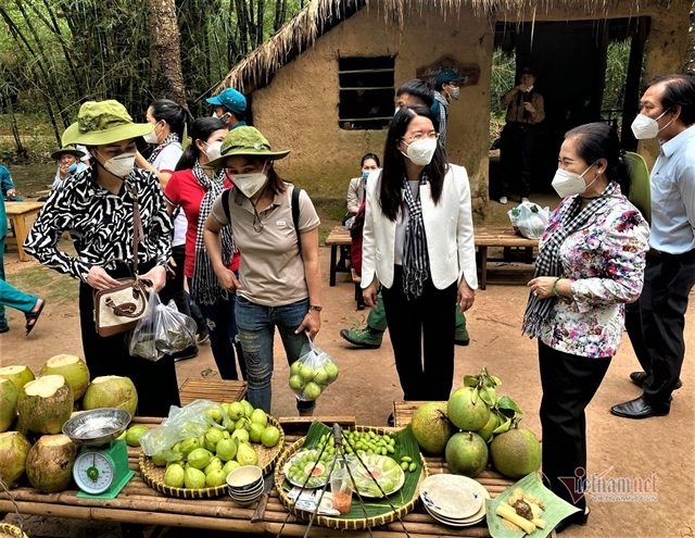 HCM City to allow fully vaccinatedtourists to revive travel industry