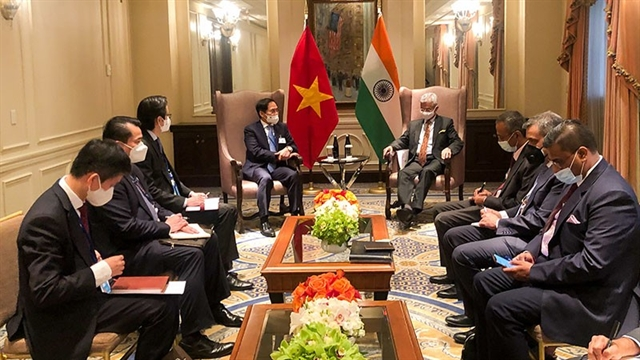 Foreign Minister Bùi Thanh Sơn meets foreign counterparts in New York