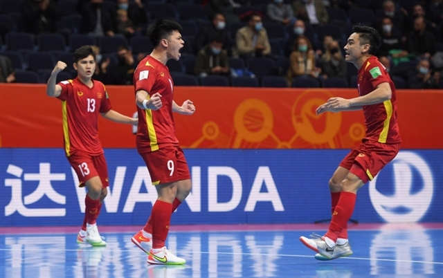 Việt Nams futsal world cup ends with a 3-2 loss to Russia