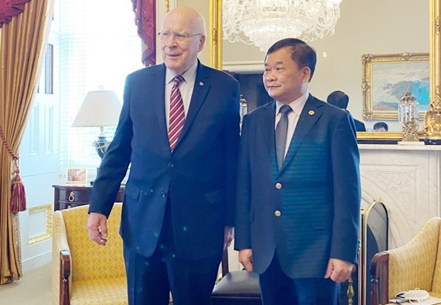 Việt Nam, US step up cooperation in tackling war consequences