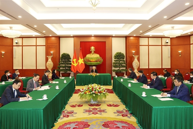 Vietnamese Chinese Party leaders discuss trade maritime cooperation