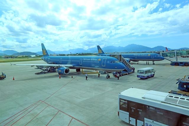 Vietnam Airlines asks to continue listing on HoSE despite negative equity