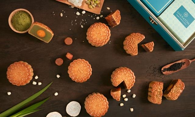 Mooncake makers face unprecedented difficulties