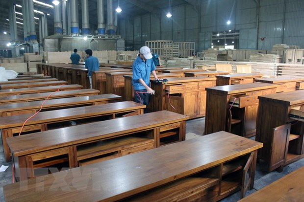 Wood exports plummet as amid virus outbreak