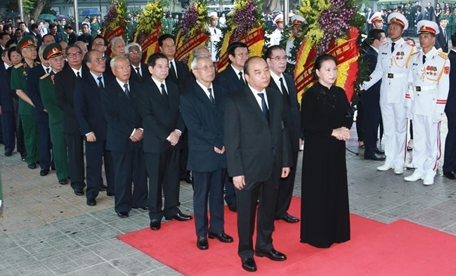 Former President Lê Đức Anhs funeral begins two-day national mourning