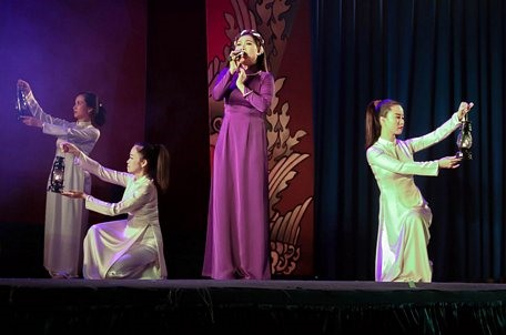 Cần Thơ theatre targets young audiences to popularise traditional arts