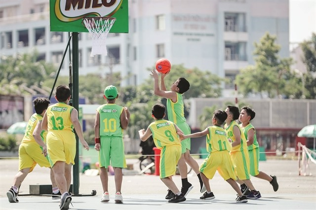 School sports tournaments in HCM City 3x3 hoops in Hà Nội
