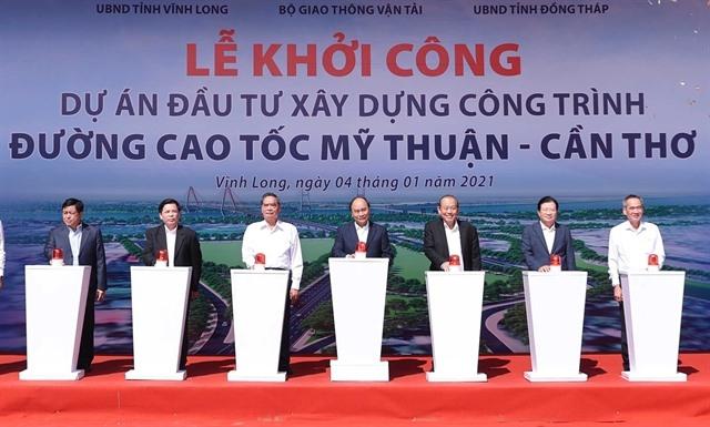 Construction of MỹThuận-Cần ThơExpressway kicks off