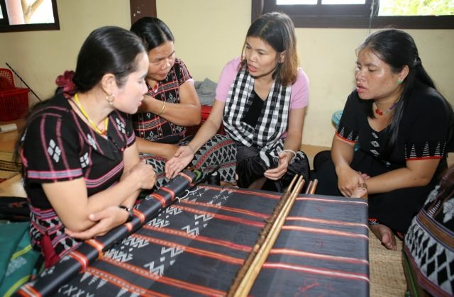Việt  Nam  makes progress in human development: experts