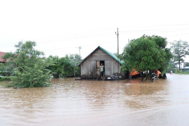 Flood strikes Central Highlands province of Đắk Lắk