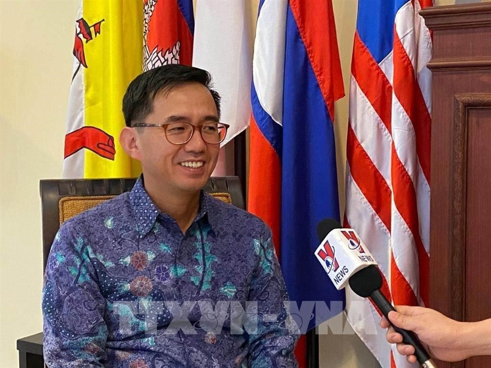 Connectivity could be the fourth pillar in ASEAN Community: Ambassador