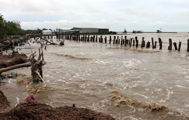 Mekong Delta grapples with erosion subsidence