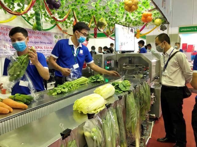 Intl exhibition for horticulture and floriculture sector opens in HCM City