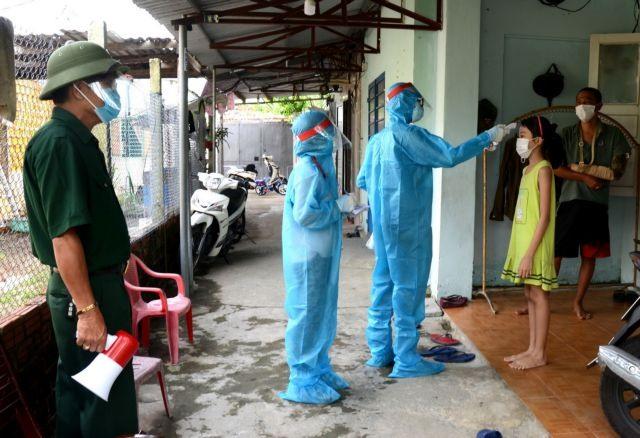 Volunteers help frontline workers fight the pandemic