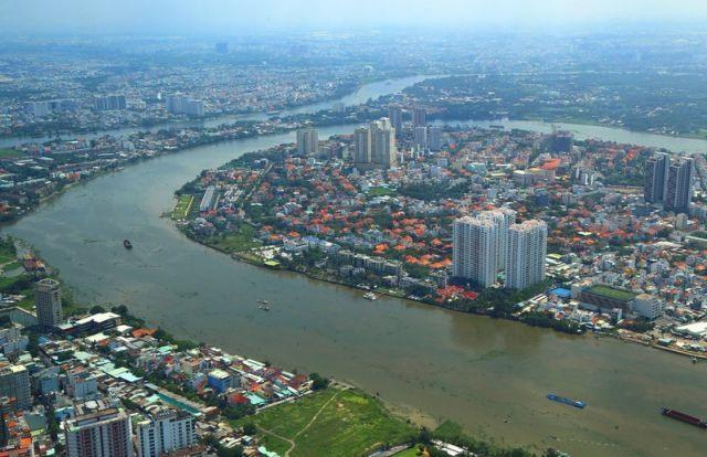 HCM City plans public spaces for entertainment tourism along Sài GònRiver
