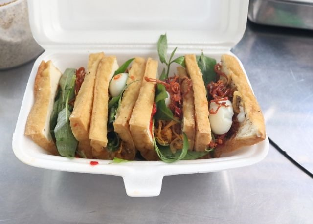Fried tofu sandwich: the hot new street snack