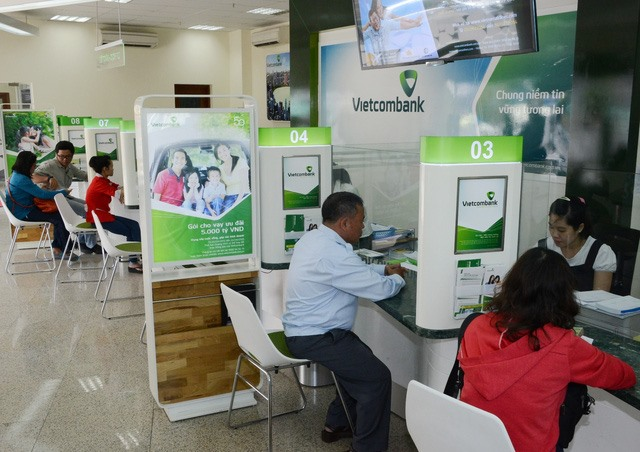 Vietcombank cuts lending rate on Govt orders