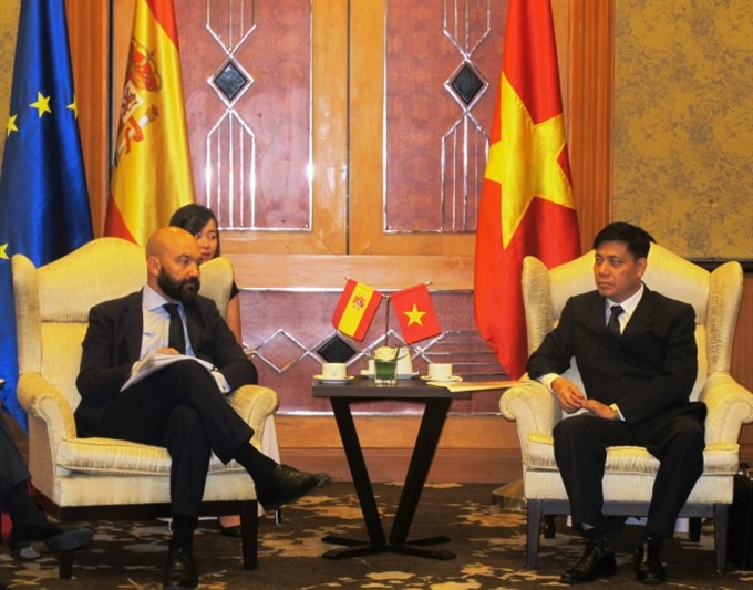 VN Spain firms seek transport co-operation